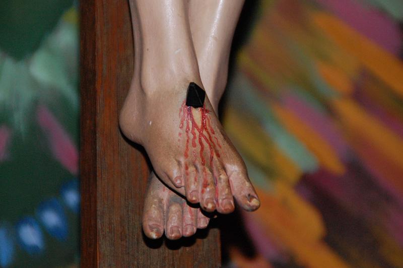 Jesus fötter på korset