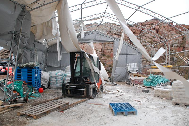Sönderblåst tält Bohuslän orkan