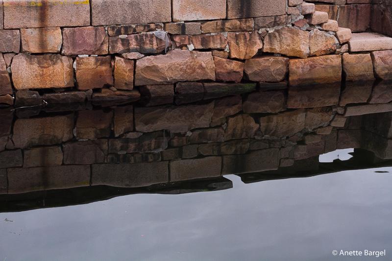Granitmur och hav