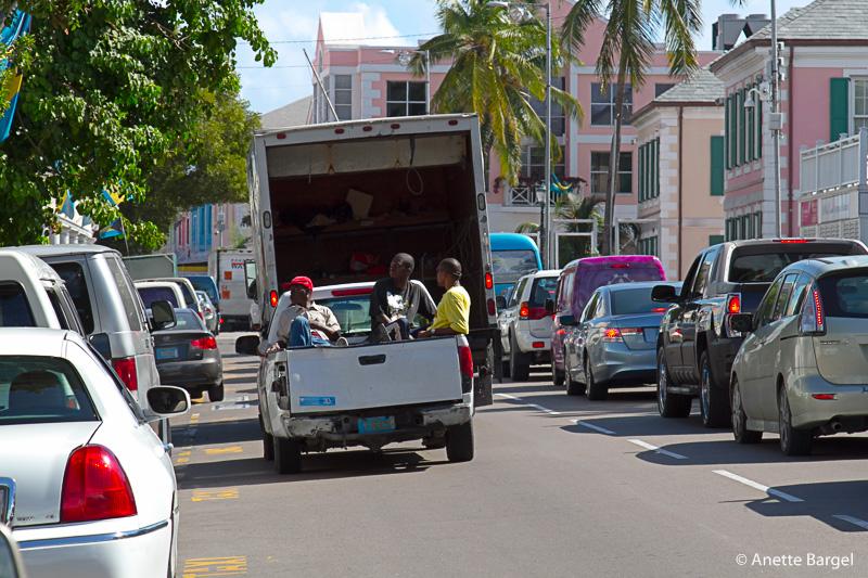 bahamas nassau streetlife