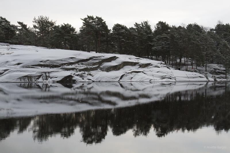 spegelblank sjö