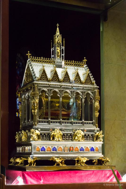 relikskrin St stephens basilica budapest