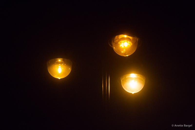 lampor i mörker