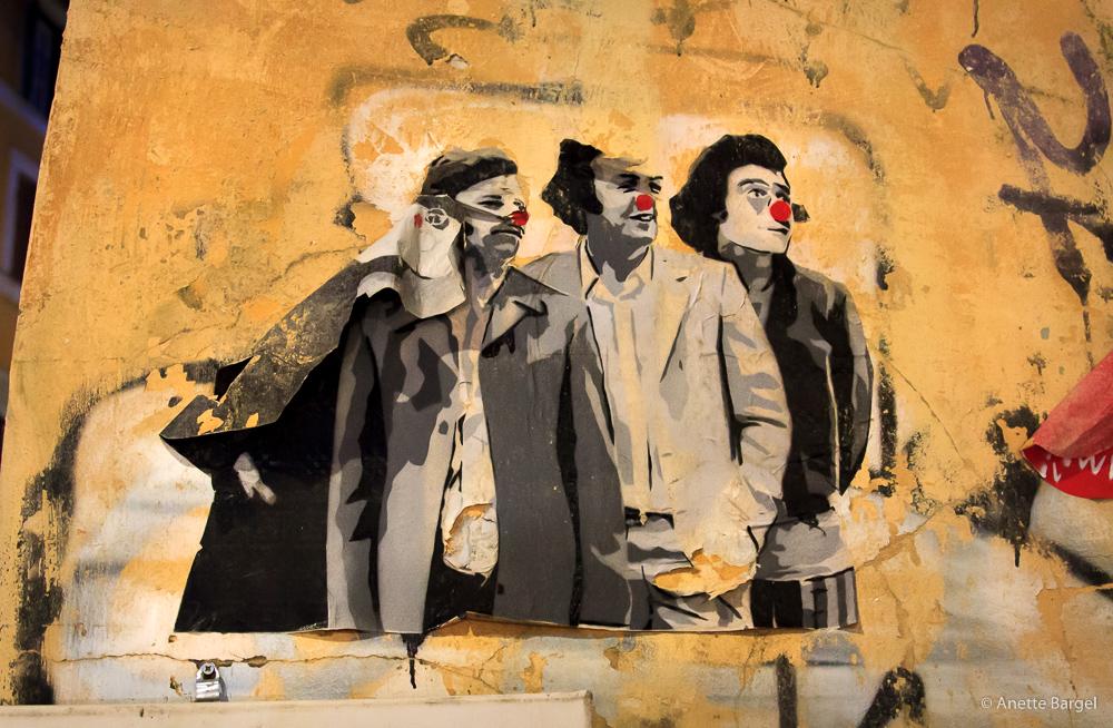väggmålning med clownnäsor